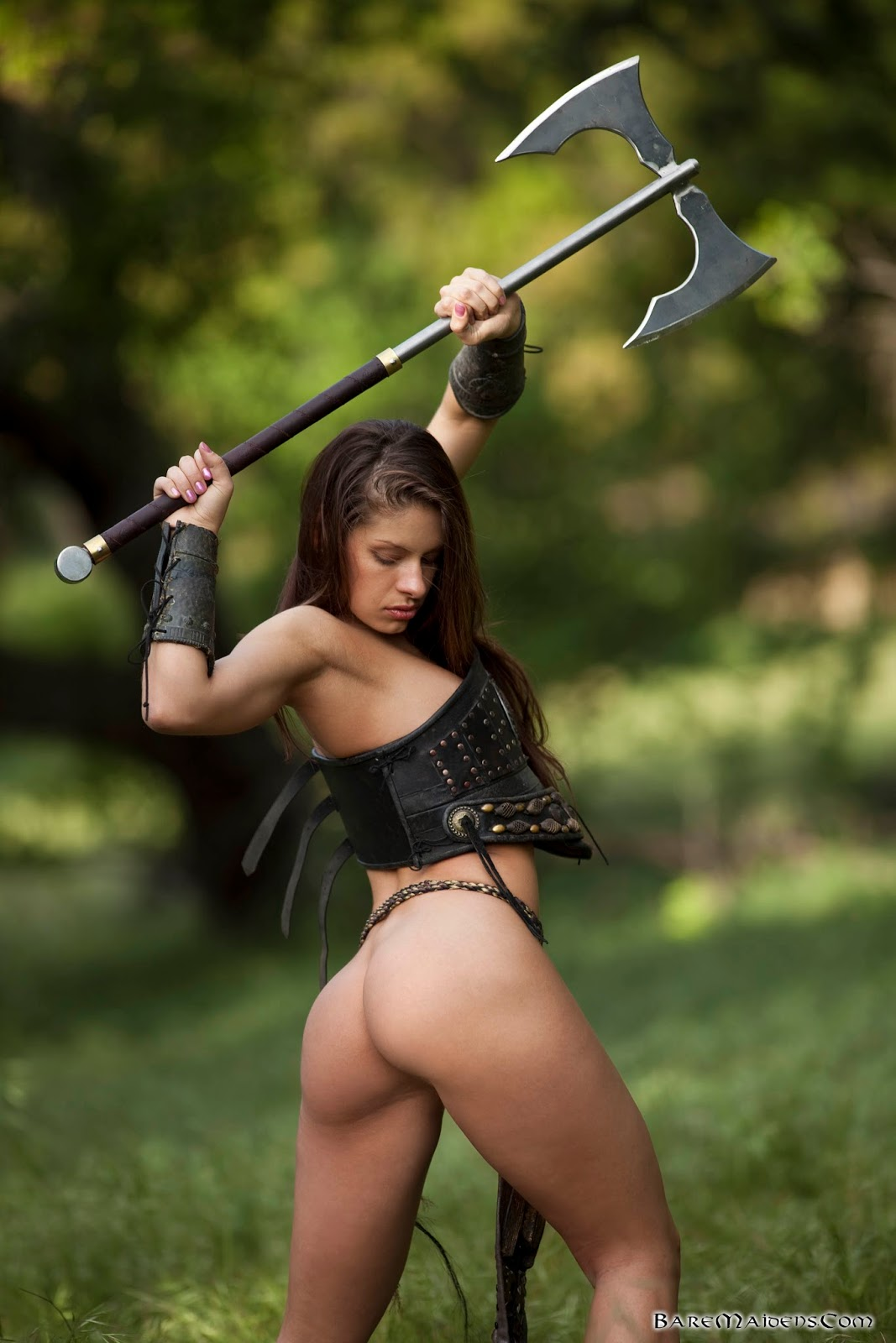 hot-girl-poses-as-warriors