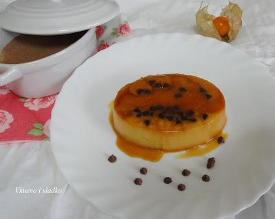 Крем карамел с кондензирано мляко портокалови кори и шоколад