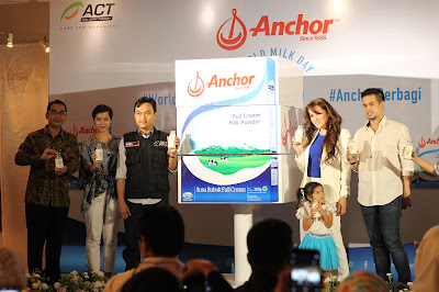 peluncuran susu anchor full cream