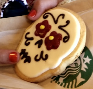 close up for day of the dead cookie