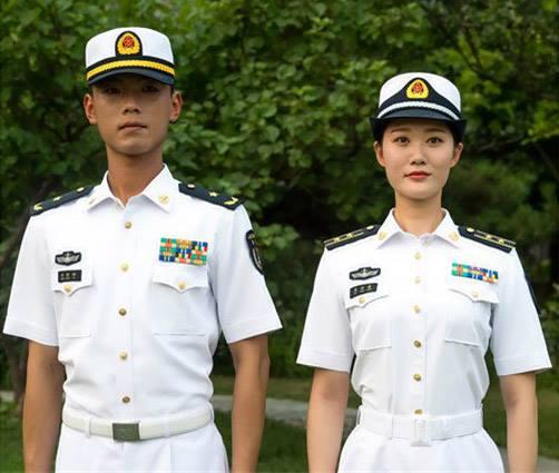 Летняя военная форма ВМС НОАК