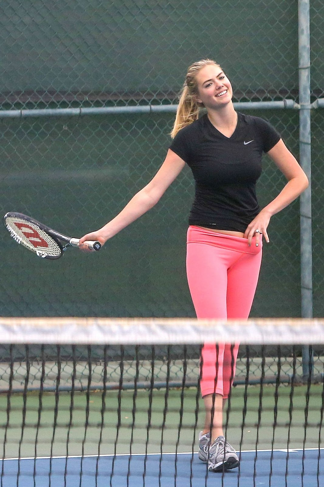 Kate Upton in Pink Tights