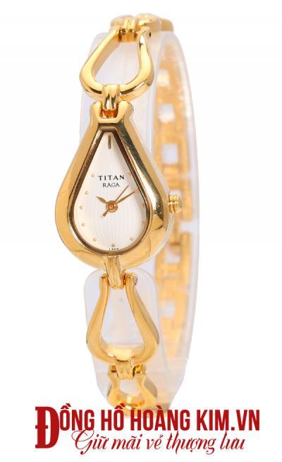 đồng hồ titan tphcm