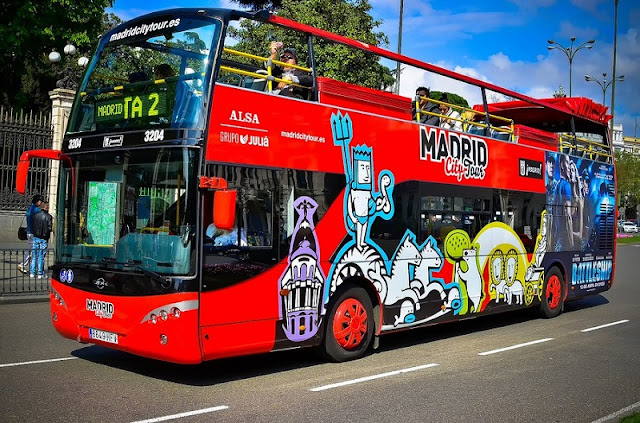 Passeio de ônibus turístico em Madri