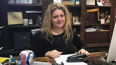 Адвокат Илона Джамгарова