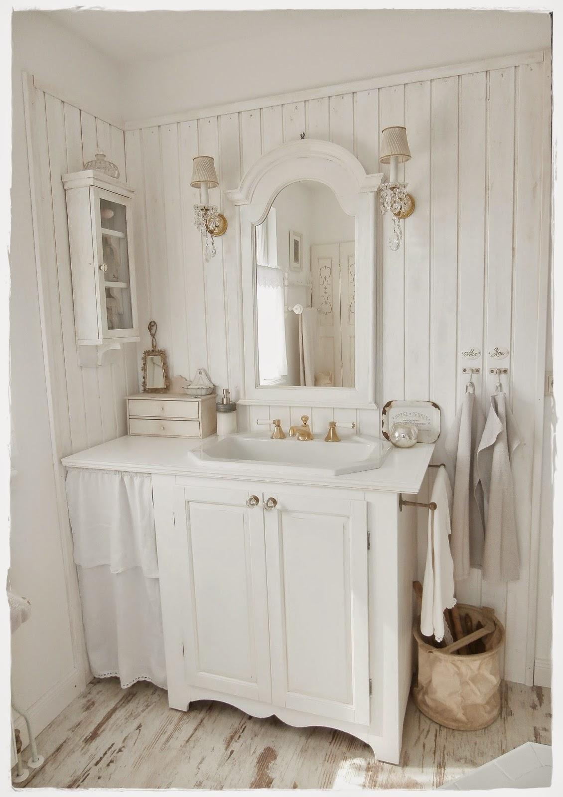 Shabby and Charme Una favolosa stanza da bagno in stile shabby chic