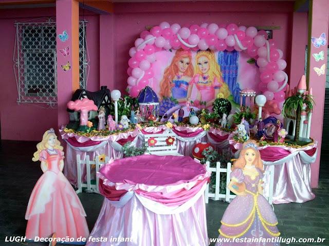 Decoração infantil Barbie e o Castelo de Diamantes - Tradicional luxo forradas com toalhas de pano de cetim