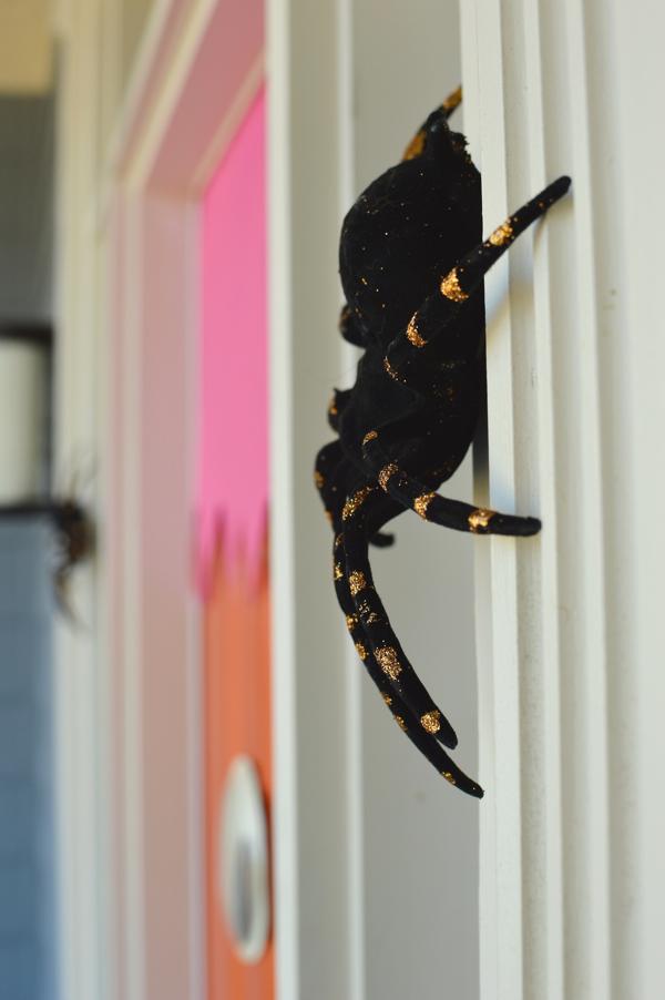 glitter spider for halloween decoration