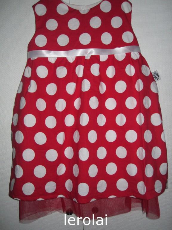 82b7111611e8 Jag gillar verkligen 50-tals klänningar, de är oftast så otroligt fina,  synd att jag själv inte har figuren att kunna använda dem. Men storasyster,  hon vill ...