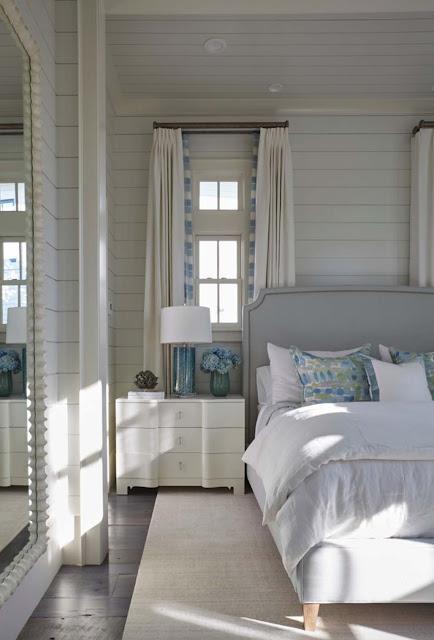 Дизайн-проекты. Пляжный дом в Ватерколор предлагает прохладный интерьер в морских оттенках