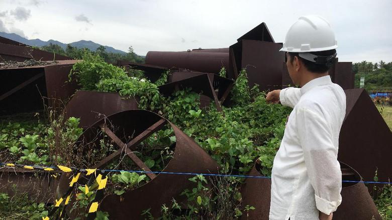 Kunjungan Ke Maluku, Jokowi Gelisah Lihat Proyek Mangkrak PLTU Peninggalan Si....