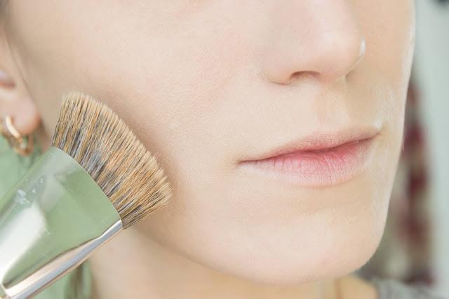 Повседневный макияж бюджетной косметикой: шаг 11