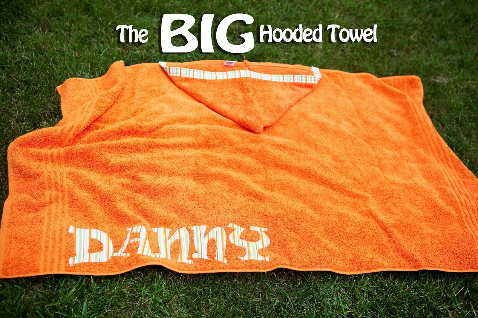 Big W Round Towel The Big Hooded Towel Tutorial Welcometothemousehouse