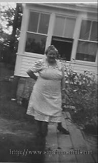 Photo of Della Stacy Jackson B. 8/6/1891 in Solon, Maine  D. 9/20/1971 in Skowhegan, Maine. Daughter of  Jonas Jackson and Nancy McCollor.