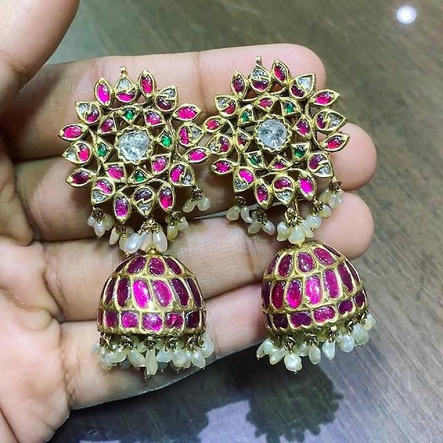 Heavy Kundan Jhumkas by Satyanarayan Jewellers