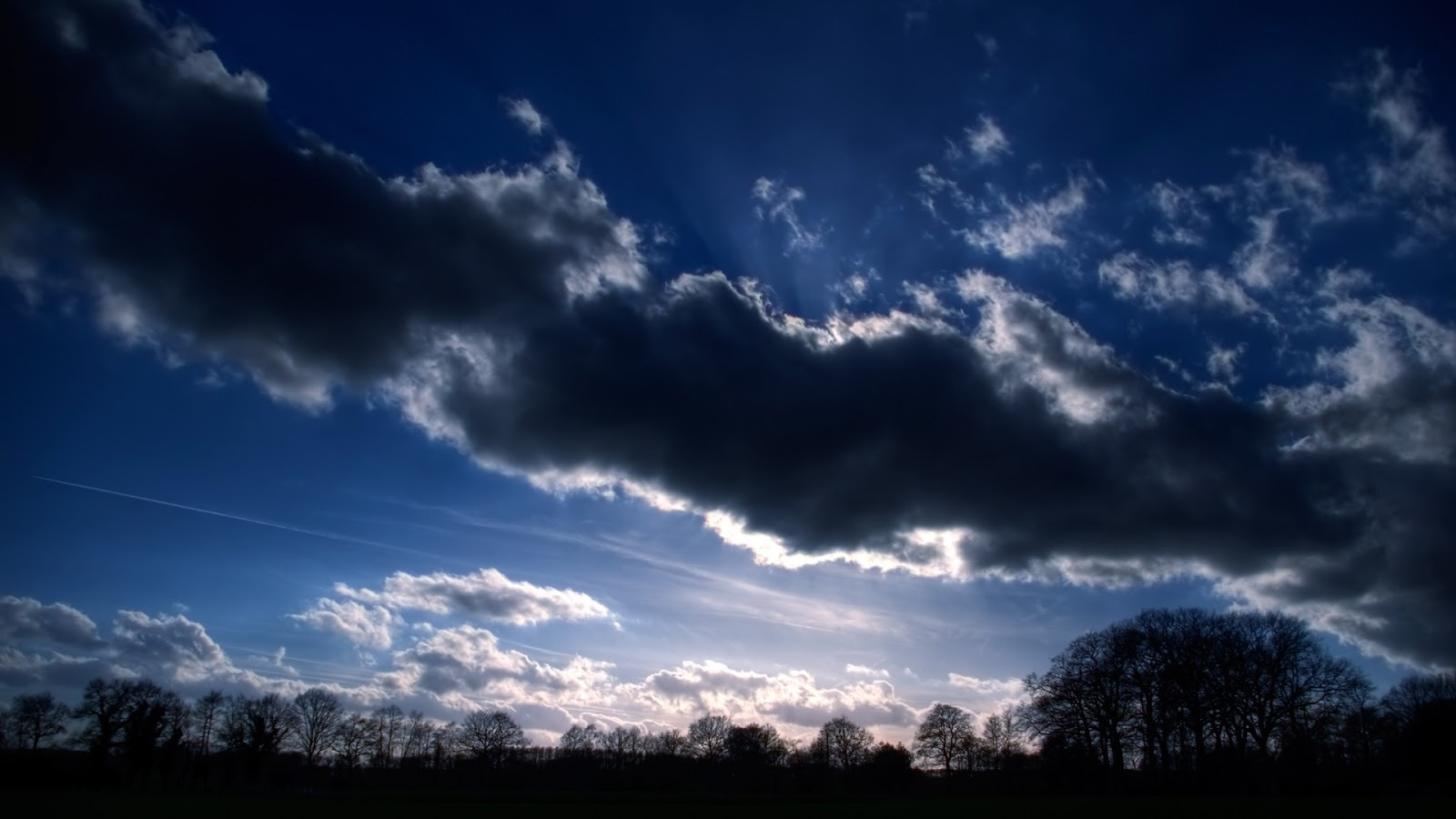 Dark Blue Sky Background: Full HD Desktop Wallpapers 1080p