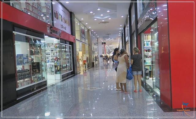 O novo e belíssimo Shopping Paris, em Ciudad del Este.