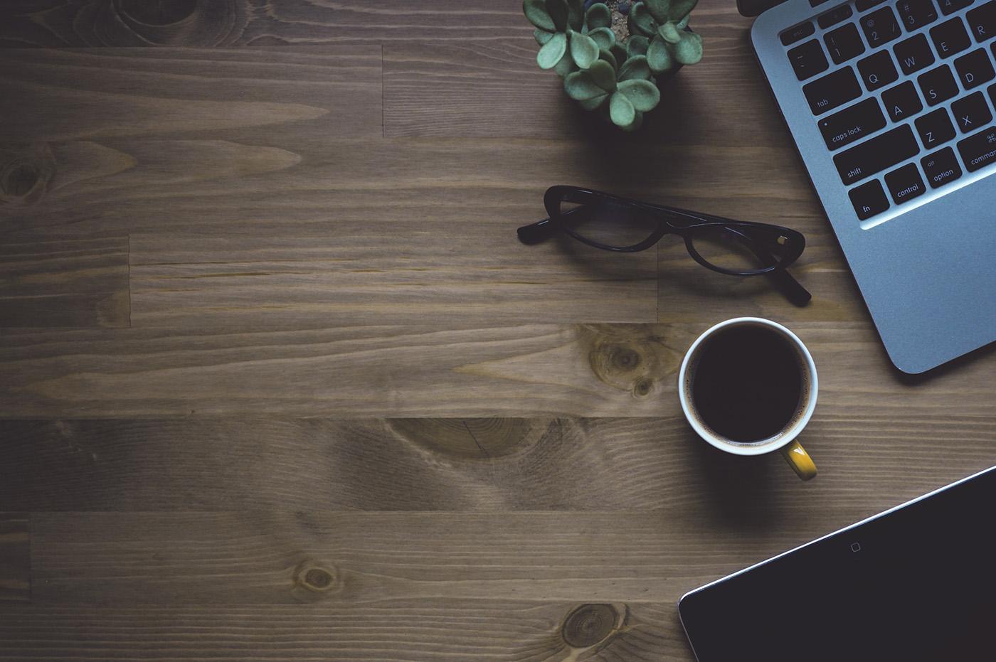 Work Desk with Coffee // Schreibtisch mit Kaffee