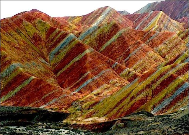 Resultado de imagem para Parque Geológico Nacional Zhangye Danxia