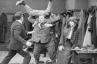 "Кадр из фильма Чарли Чаплина ""Танго-путаница"" (1914) - 6"