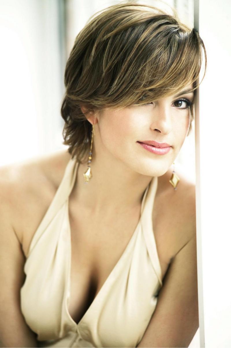 Mariska Hargitay Pics | World Stars