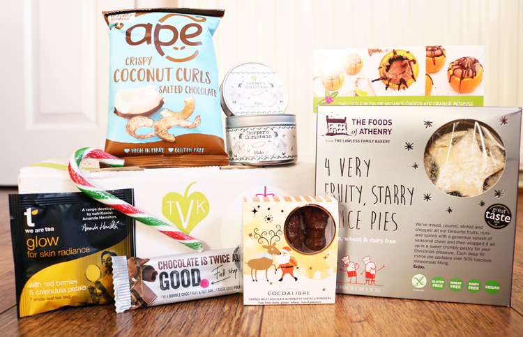 The Vegan Kind Lifestyle Box - December 2016 review #TVK38