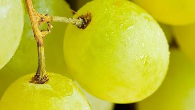 grape macro hd resolution wallpaper