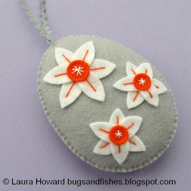 the finished narcissi ornament