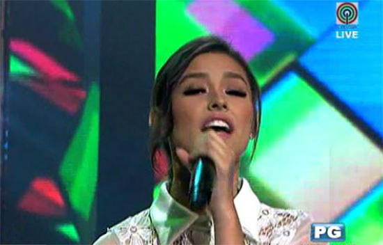Liza Soberano's wardrobe malfunction in 'Your Face Sounds Familiar'