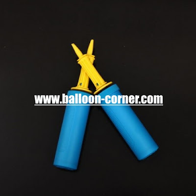 Pompa Balon Tangan Biru