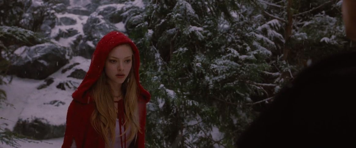 Red Riding Hood (2011) Screenshots