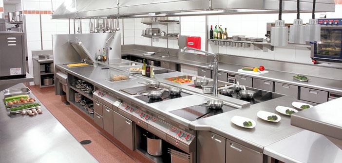 Le souffle en tavola limpieza de cocinas en restaurantes for Medidas cocina restaurante