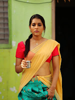 Rashmi Goutham sizzling in Guntur Talkies movie-cover-photo