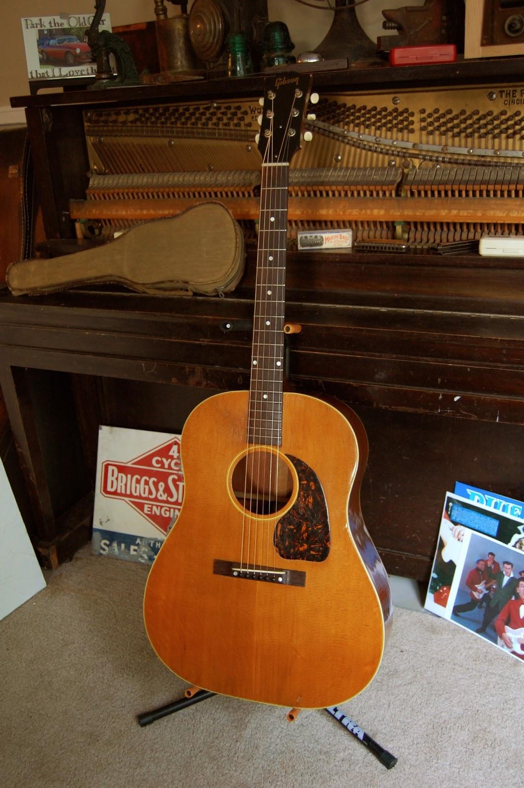 the true vintage guitar blog 1947 gibson j 50. Black Bedroom Furniture Sets. Home Design Ideas