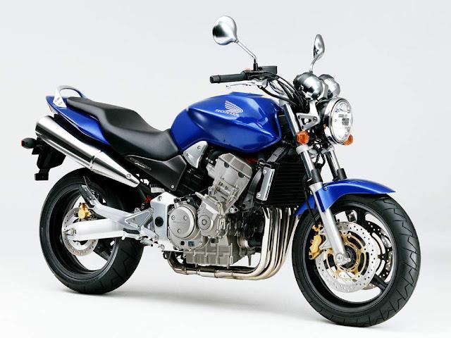 Honda CB900F Review