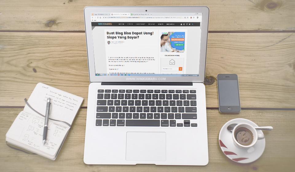 Siapa Yang Gaji Blogger? Padahal Hanya Ngeblog dan Nulis!