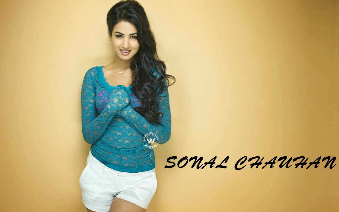 Sonal Chauhan Wall Photos Gallery