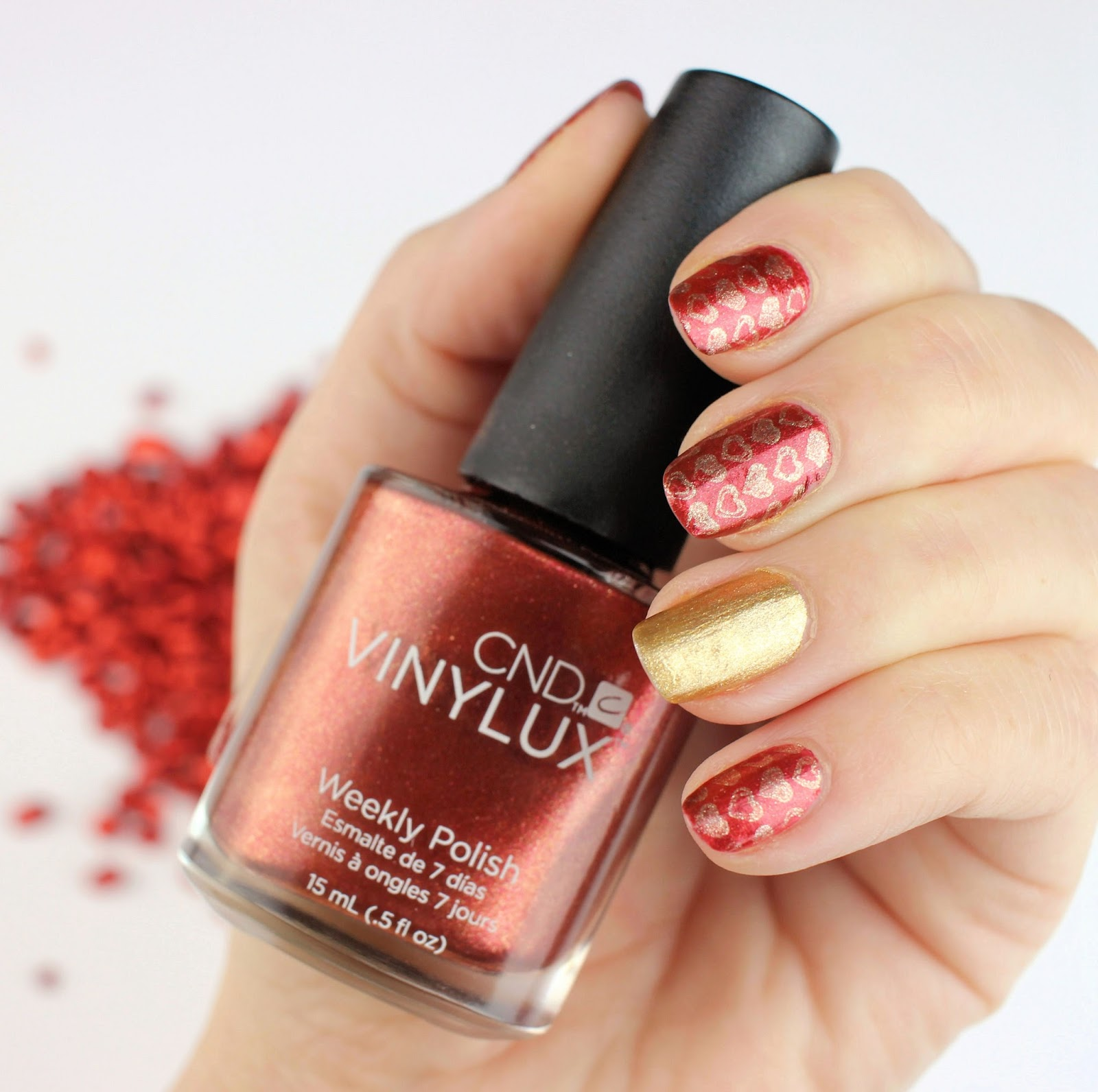 CND, Vinylux, Weekly Polish, rescue rxx, nagellack, nagelpflege, Creative Nail Design, valentinstag, nageldesign, craft culture, review, swatches, gold, brass button, hand fire, herbst kollektion, top coat,
