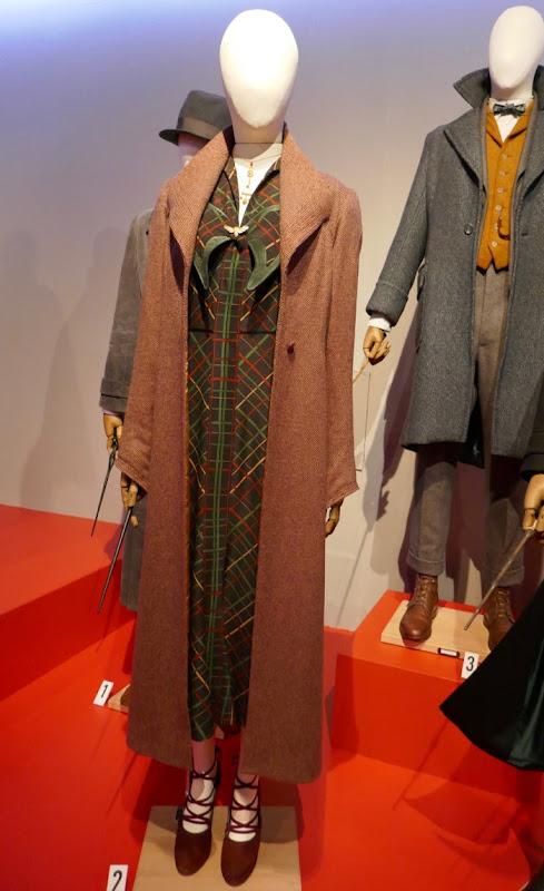 Alison Sudol Fantastic Beasts Crimes Grindelwald Queenie costume
