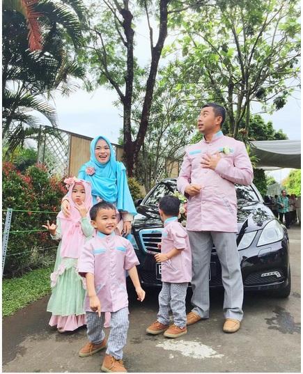 Inspirasi Seragam Baju Pernikahan Putri-Putri Aagym