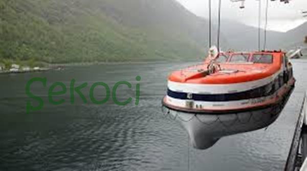 kapal sekoci
