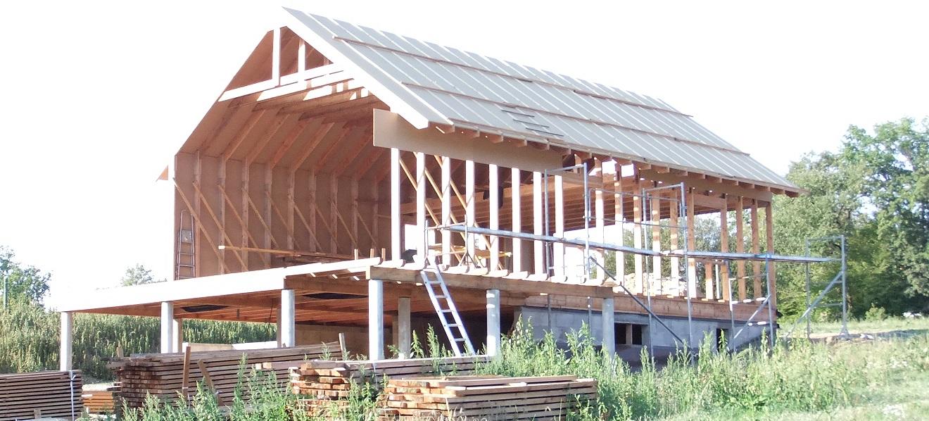 charpentier ecoconstructeur en dordogne 24 ossature bois cadre portique. Black Bedroom Furniture Sets. Home Design Ideas