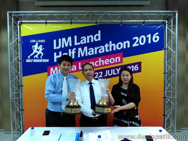 Wakil IJM Land, BMW Millennium Welt Seremban dan juga Sworke Malaysia
