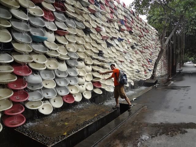 Monumento inodoros horno Nanfeng en Fosahn