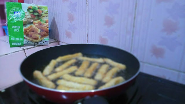 Menu Gizi Seimbang untuk Anak-Anak : Nasi Bakar Spesial Chicken Stick So Good