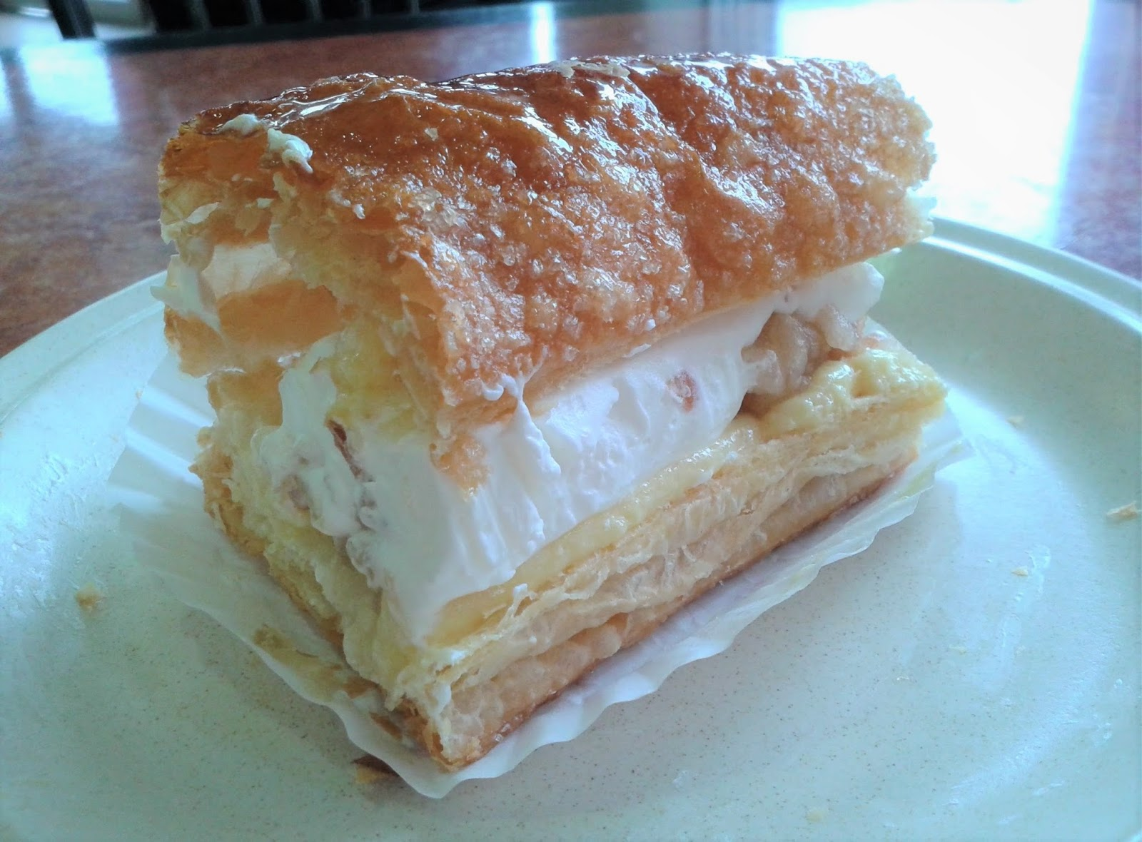 Petite Sweet Bakery Cafe
