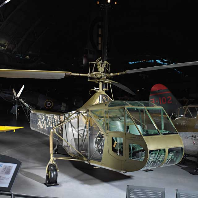 Sikorsky XR-4C 41-18874 that flew on 14 January 1942 worldwartwo.filminspector.com