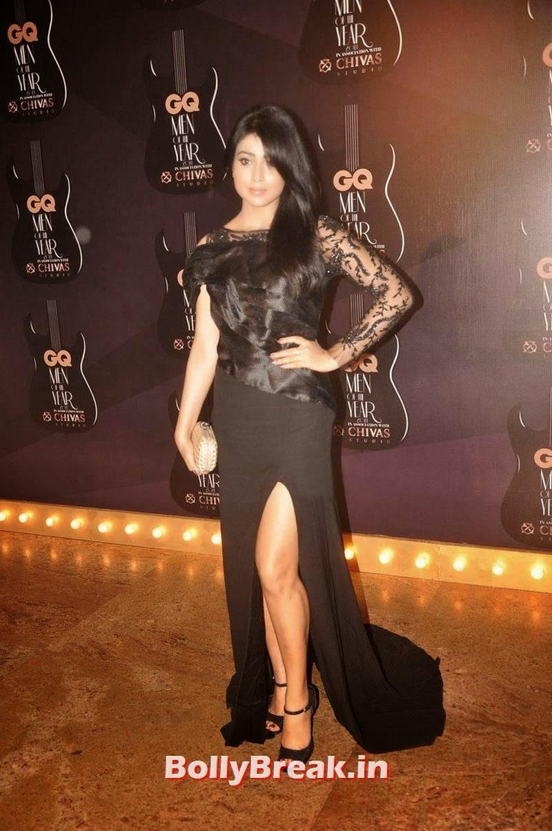 , Shriya Saran in Black Gown - Hot Pics At GQ Men Of The Year Awards
