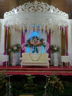 paket wedding dekorasi + rias pengantin - tirasenna wedding