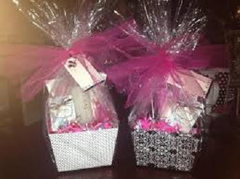 Happy-Mothers-Day-Gift-Hamper-Image